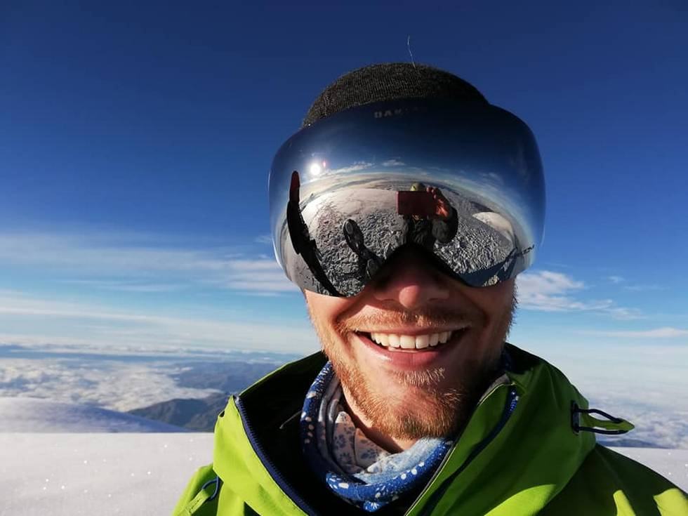 Thomas Lone (24) er i Nepal for å bestige Mount Everest.                        (Foto: Privat)