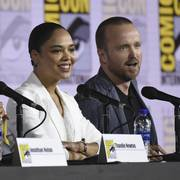 Westworld-profiler fotografert under fjorårets Comic Con: Thandie Newton, Tessa Thompson og  Jesse Pinkman. Foto: AP  NTB kultur                       (Foto: Chris Pizzello)