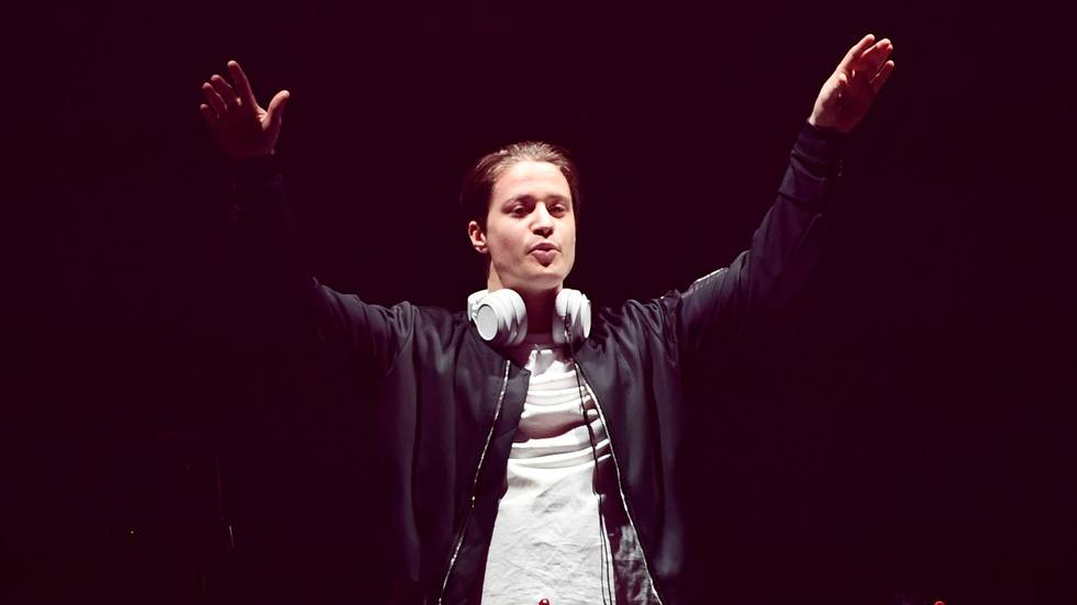 Artist Kygo gestures on stage at the Avicii Tribute Concert For Mental Health Awareness at Friends Arena in Stockholm, Sweden December 5, 2019.  TT News Agency/Erik Simander via REUTERS ATTENTION EDITORS - THIS IMAGE WAS PROVIDED BY A THIRD PARTY. SWEDEN OUT. NO COMMERCIAL OR EDITORIAL SALES IN SWEDEN.                       (Foto: TT NEWS AGENCY)