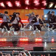 FILE PHOTO: Members of K-Pop band BTS perform on ABC's 'Good Morning America' show in Central Park in New York City, U.S., May 15, 2019. REUTERS/Brendan McDermid/File Photo                       (Foto: BRENDAN MCDERMID)