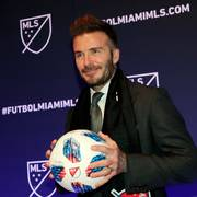 David Beckham poses for a photo at an event where it was announced that Major League Soccer is bringing an expansion team to Miami, Monday, Jan. 29, 2018, in Miami. The team is backed by Beckham and a group of investors. (AP Photo/Lynne Sladky)                       (Foto: Lynne Sladky)